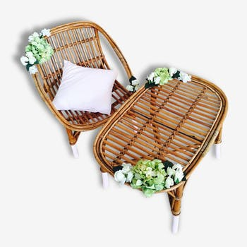 Flourishing rattan lounge