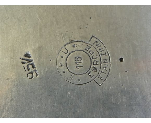 Panier en etain vide poche centre de table