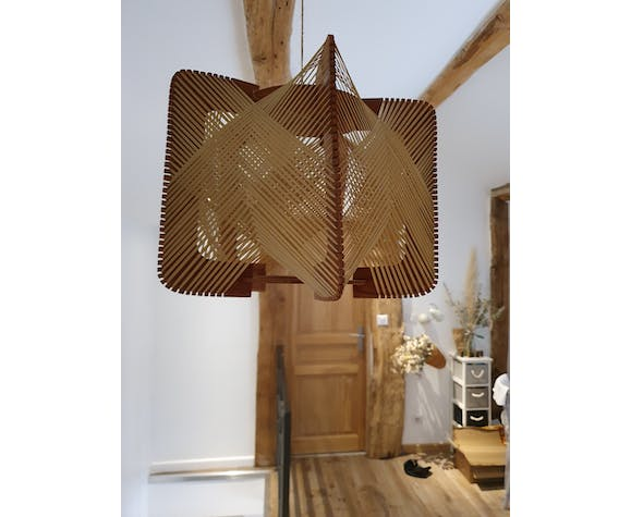Suspension scandinave en fil et bois