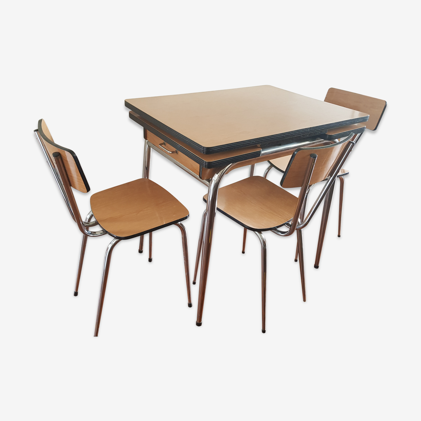 Formica table with 3 chairs