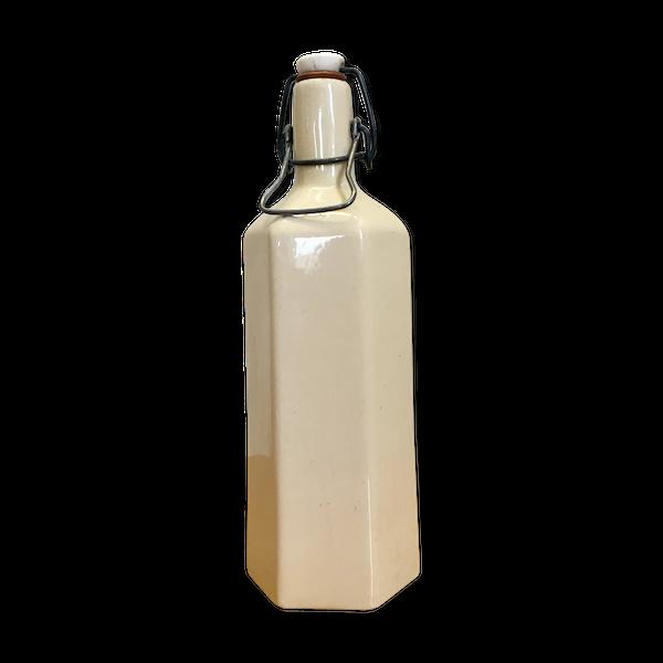 bouteille grès émaillé blanc cassé