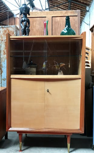 Showcase - ash and lemon library - vintage - French modernism