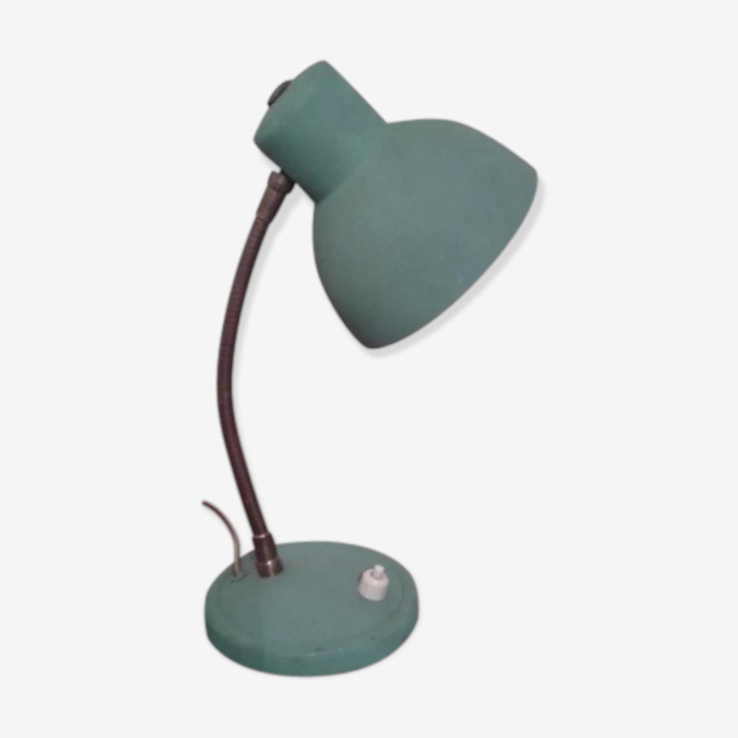 Lampe vintage en tôle peinte vert opaline