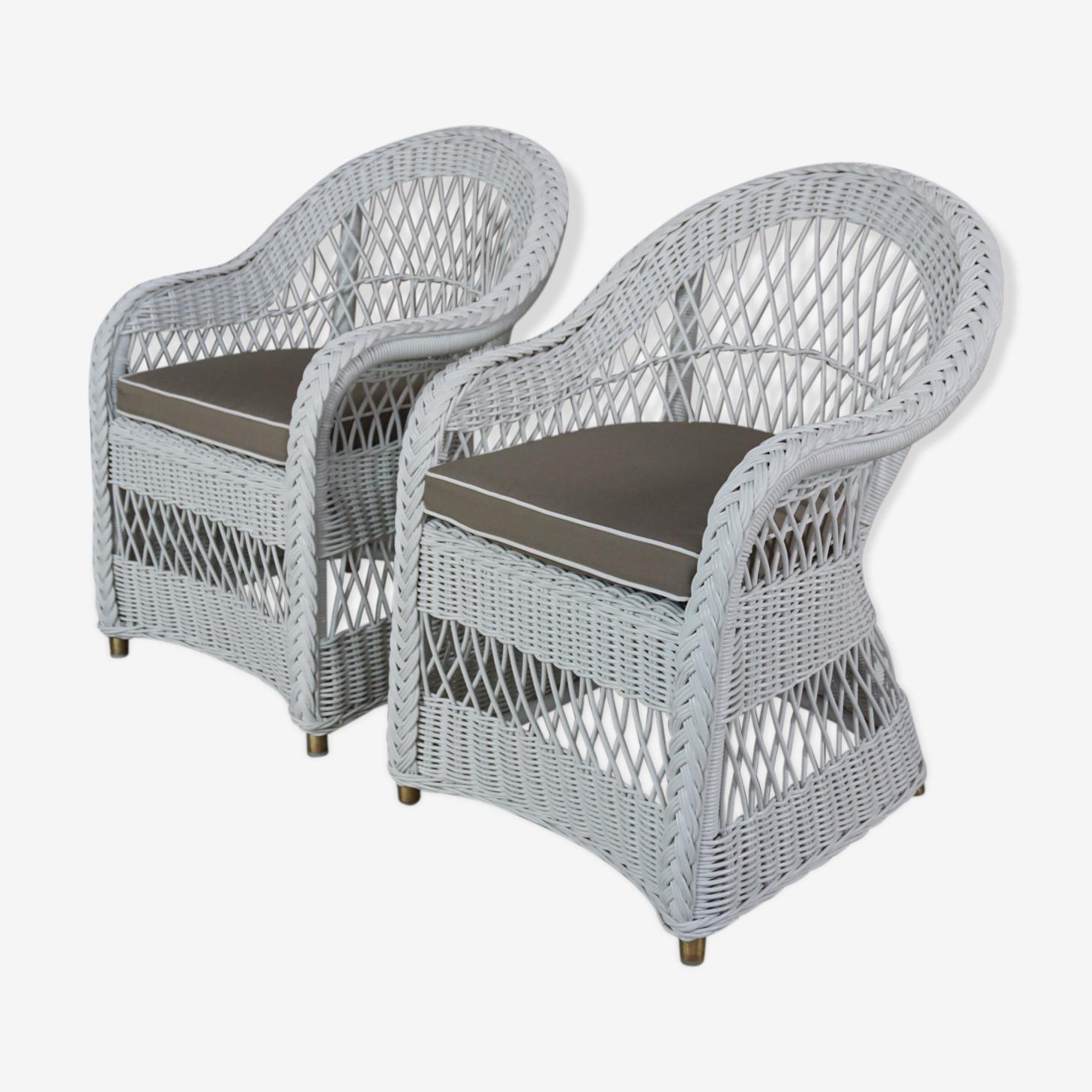 Paire de fauteuils en rotin tressé blanc style Loom Loyd avec leurs coussins