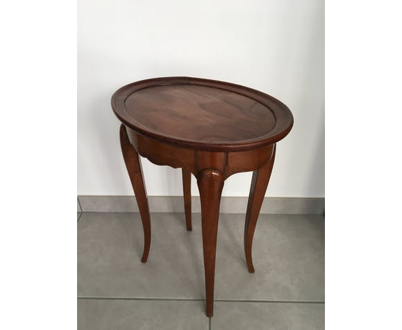 Table d'appoint ovale