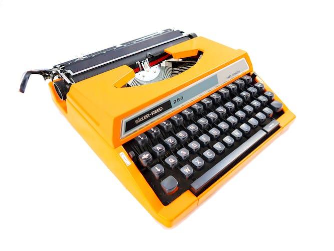 Machine à écrire Silver Reed 280 - révisée ruban neuf