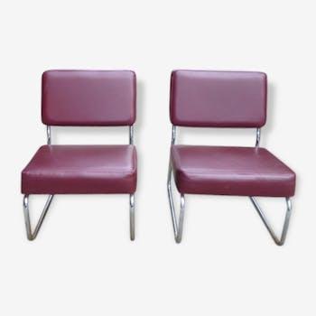 Paire de fauteuils bordeaux
