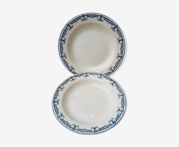 2 assiettes creuses Terre de fer