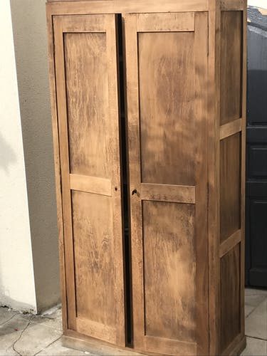 Parisian cabinet with double doors in raw wood