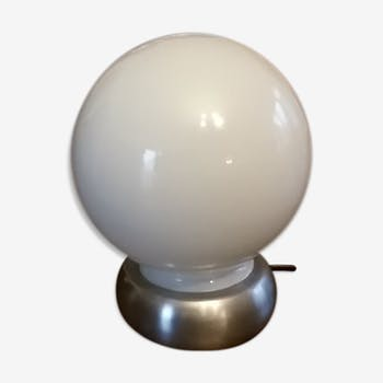 Lampe boule opaline