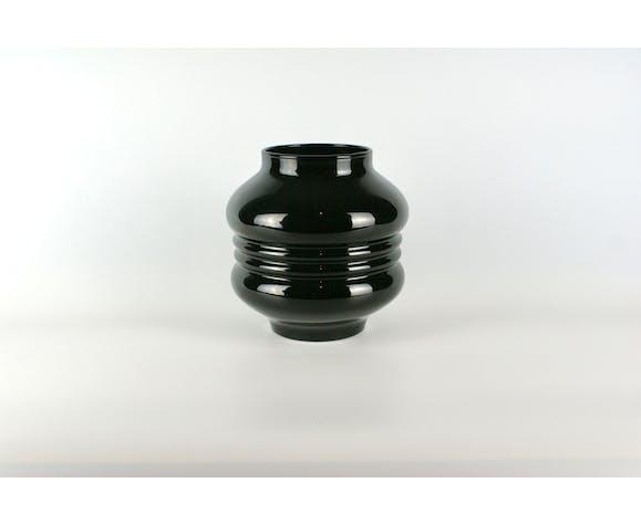 Vase en verre noir années 1930