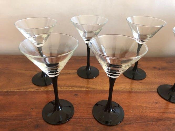 6 verre à pied noir