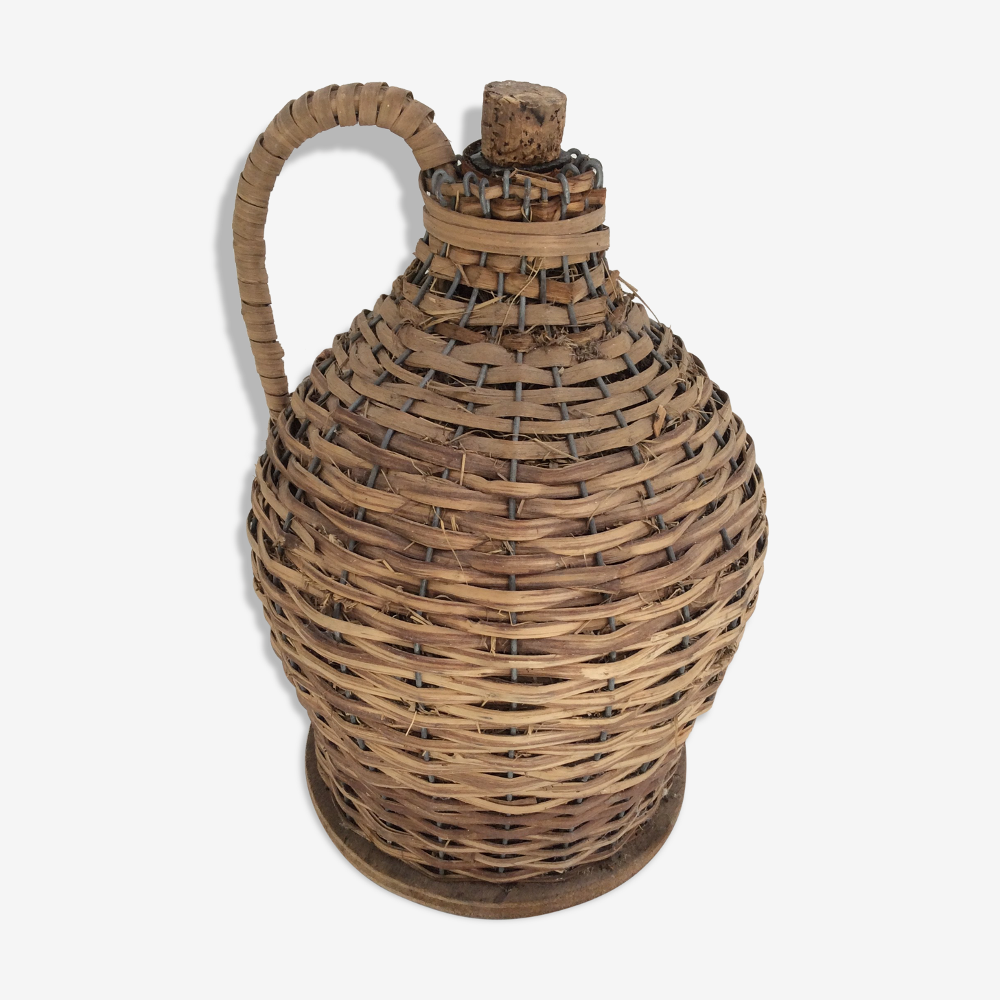 Demijohn in straw and wicker