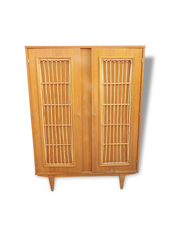 votre armoire en en rotin et osier coup de cœur vous attend ici.