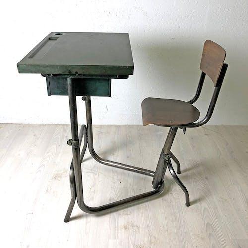Pop-Up de Noel - Bureau d'enfant vintage 50's métal et Bakelite