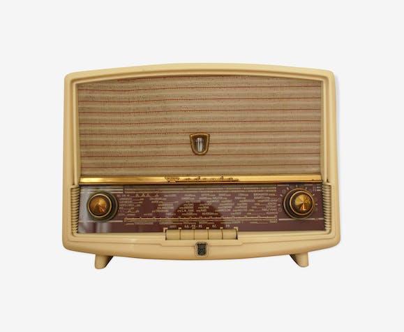 poste radio tsf lampe vintage radiola plastique. Black Bedroom Furniture Sets. Home Design Ideas