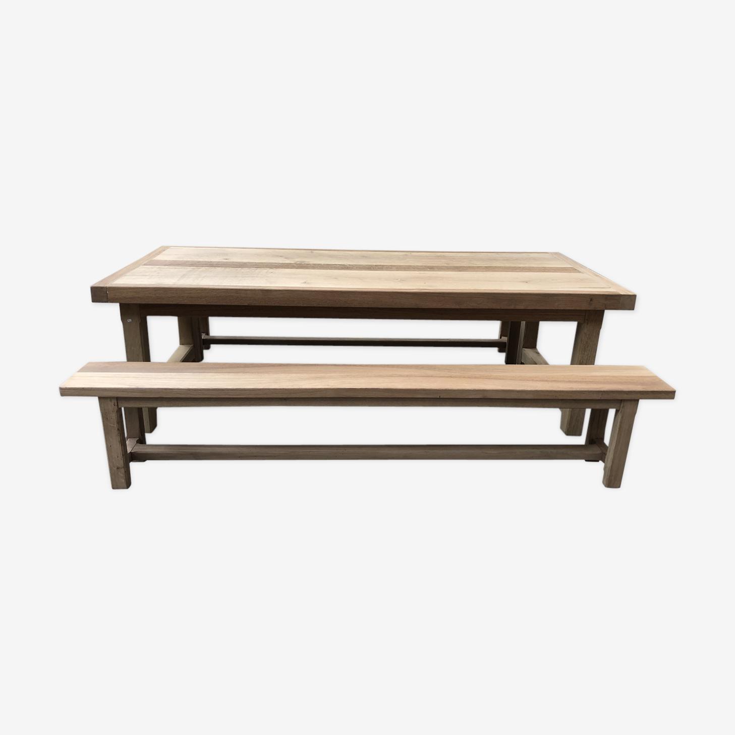 Ensemble table et bancs de ferme en chêne massif