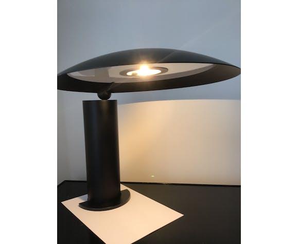 Lampe de table articulée du créateur Jean Michel Wilmotte