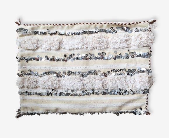 housse de coussin berb re handira tissu beige. Black Bedroom Furniture Sets. Home Design Ideas