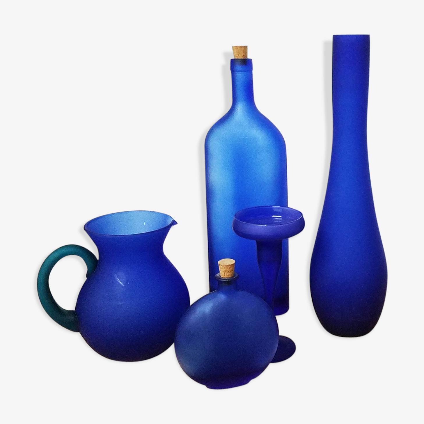 Olive-lot of vases-blue