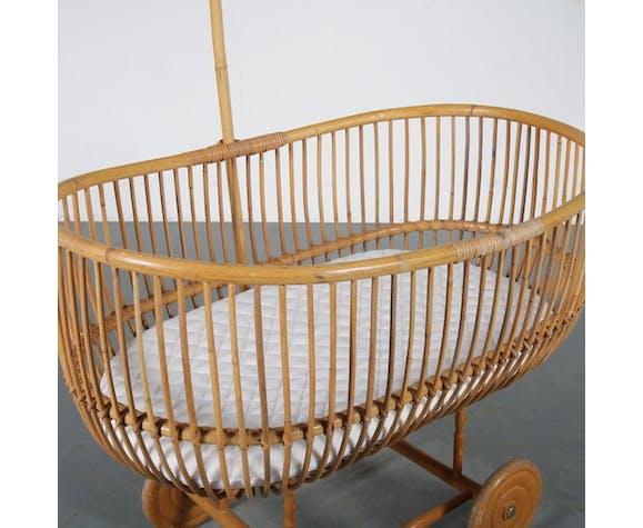 Berceau en rotin des années 1950 fabriqué aux Pays-Bas