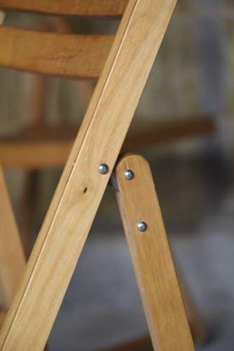 Paire de chaises pliantes vintage en hêtre 1960
