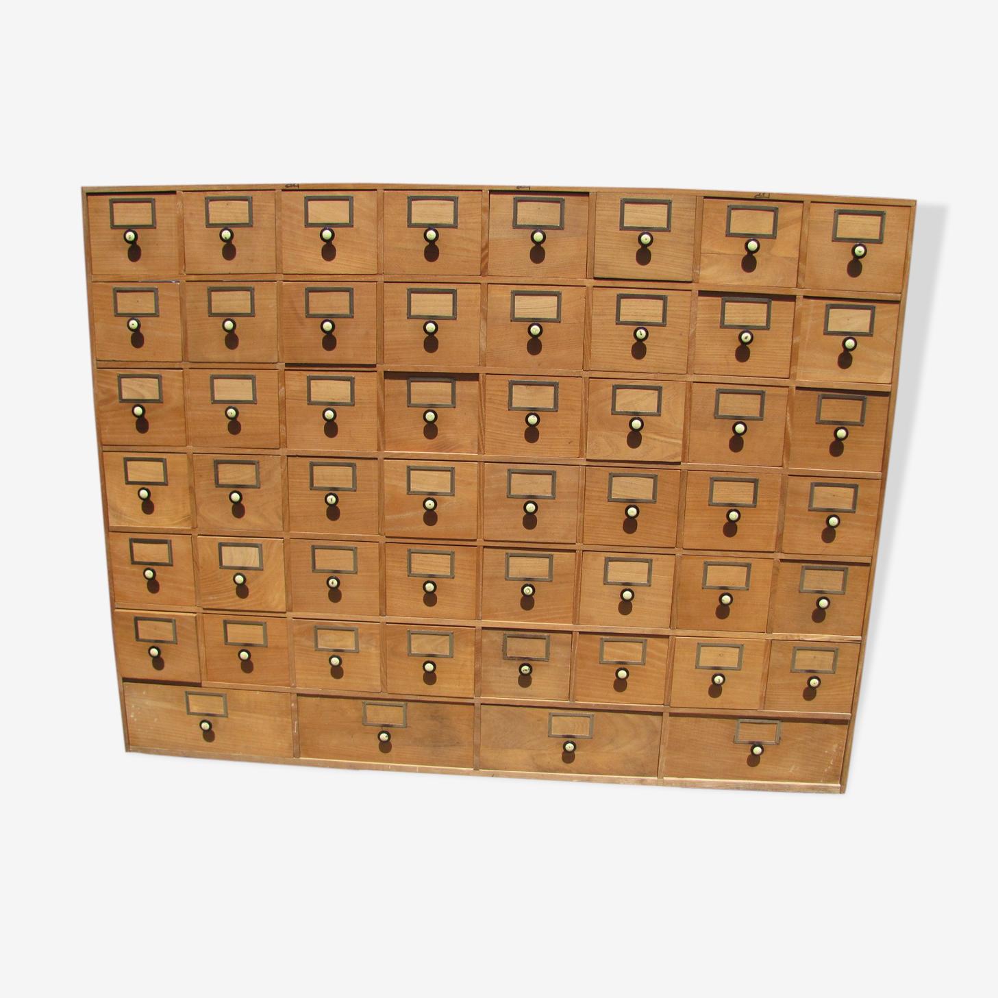 Meuble de métier 52 casiers ou tiroirs