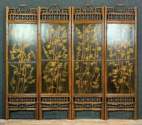 Paravent japonisant en bois exotique a décors d'oiseaux et fleurs