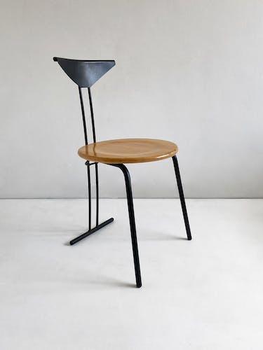 Chaise en hêtre et acier postmoderne