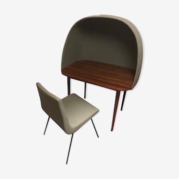 Bureau rewrite ligne Roset et chaise par Paulin Paulin