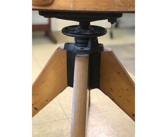 Chaise d'atelier pivotante et réglable Baumann