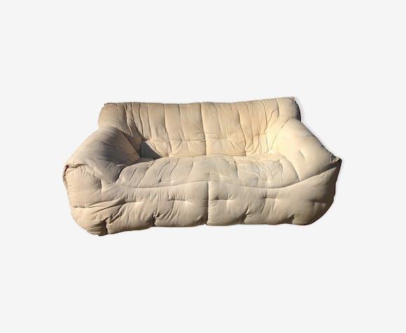 canap informel roche bobois des ann es 80 en tissu blanc. Black Bedroom Furniture Sets. Home Design Ideas