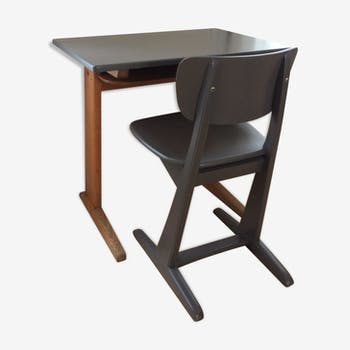 Casala brand desk and chair for children