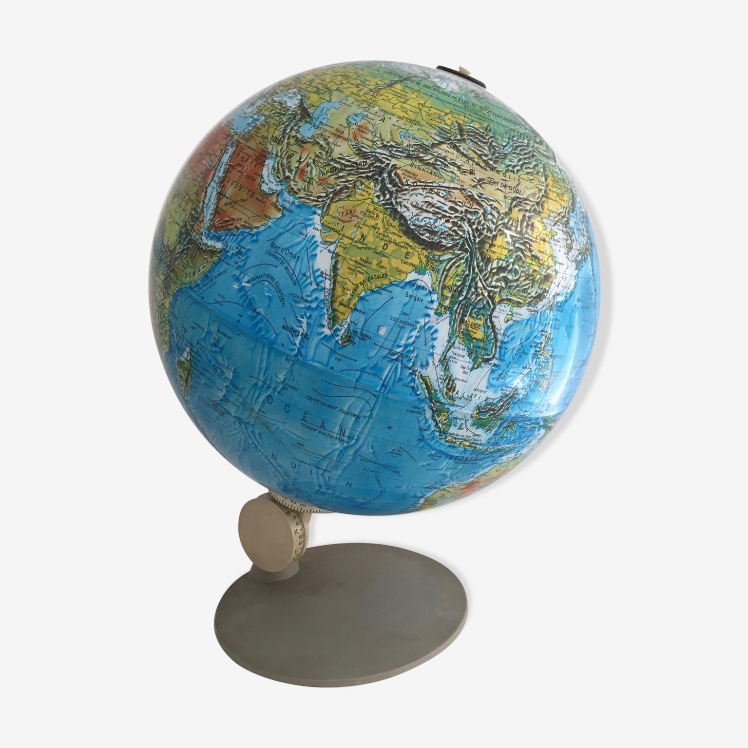 Globe terrestre, mappemonde des années 70