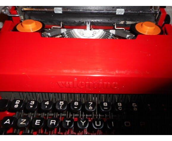 Machine à écrire Valentina