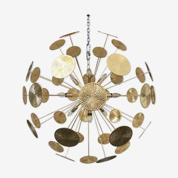 Sputnik chandelier with golden metal frame from the early 21st century