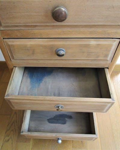 Commode semainier bois patiné vintage cinq tiroirs