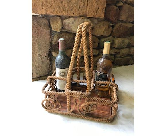Door bottles in rope