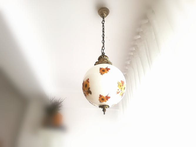 Suspension vintage blanche Art Déco