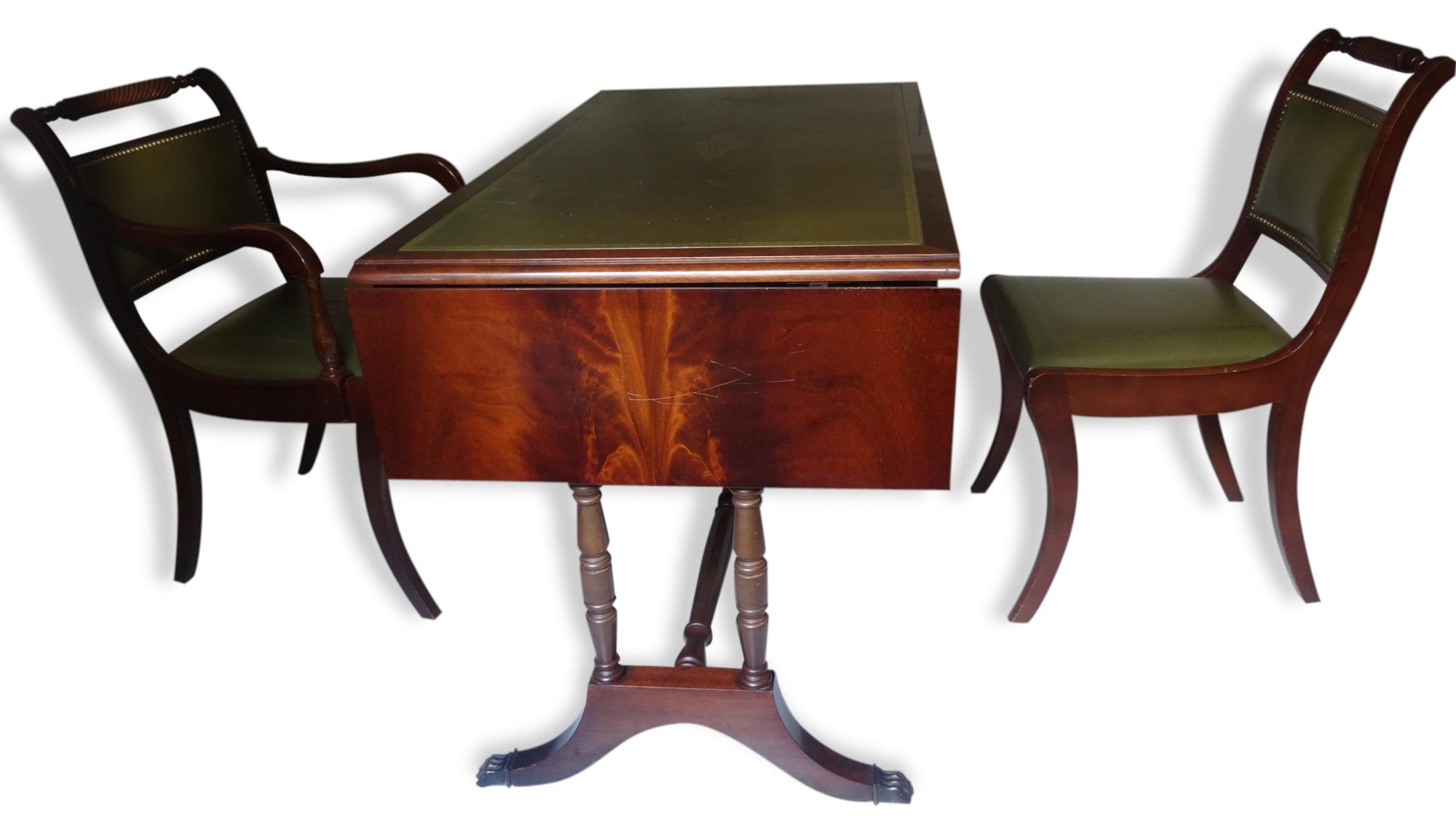 Bureau De Style Anglais, Fauteuil Et Chaise - Bois (Matériau