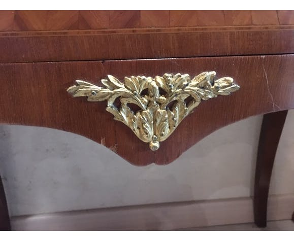 Chest of drawers curved
