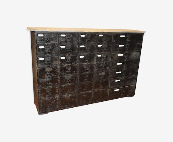 Meuble de métiers avec 35 tiroirs en sapin