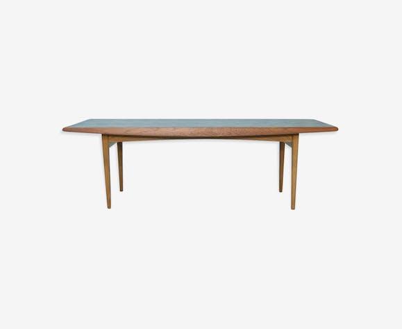 Table low zones 122cm