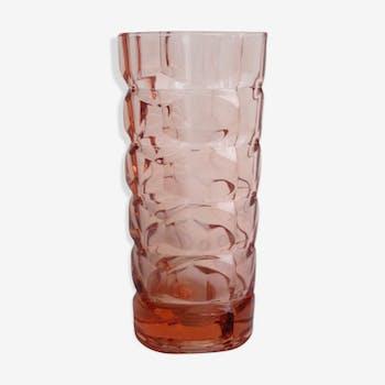 Vase en verre ciselé rose