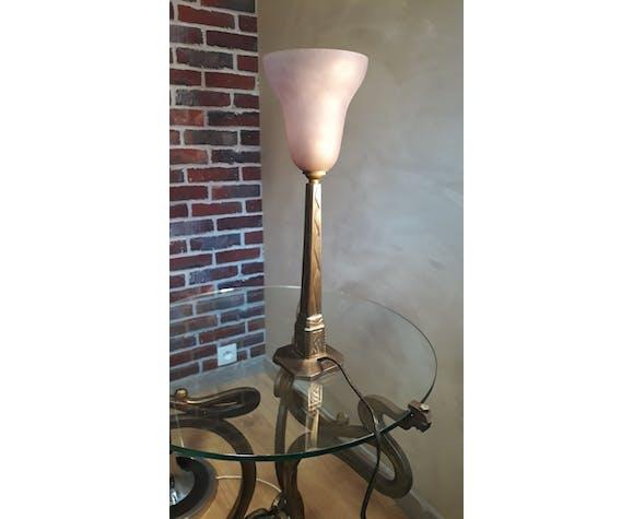 Lampe fonte d'acier 1920  signé de la maison Brousseval  et tulipe muller et frere non signe