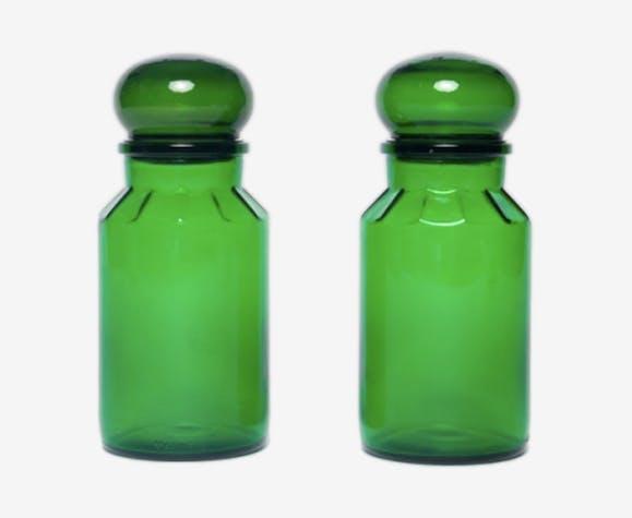 Pots en verre vert