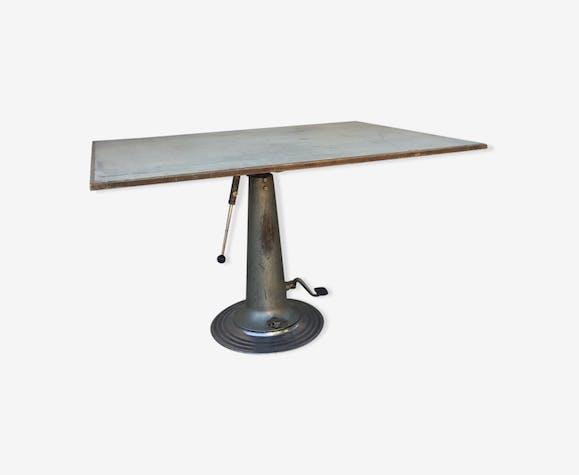 Franco Escéptico Inducir  Table a. industrial design nike | Selency