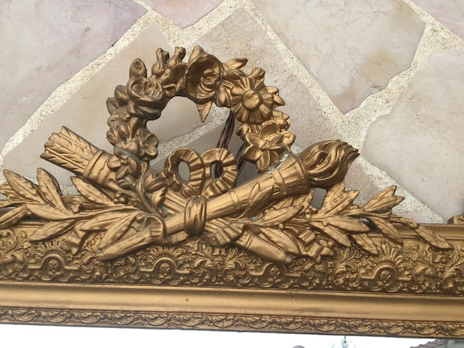Old mirror in gilded wood and stucco 120 x 85 cm