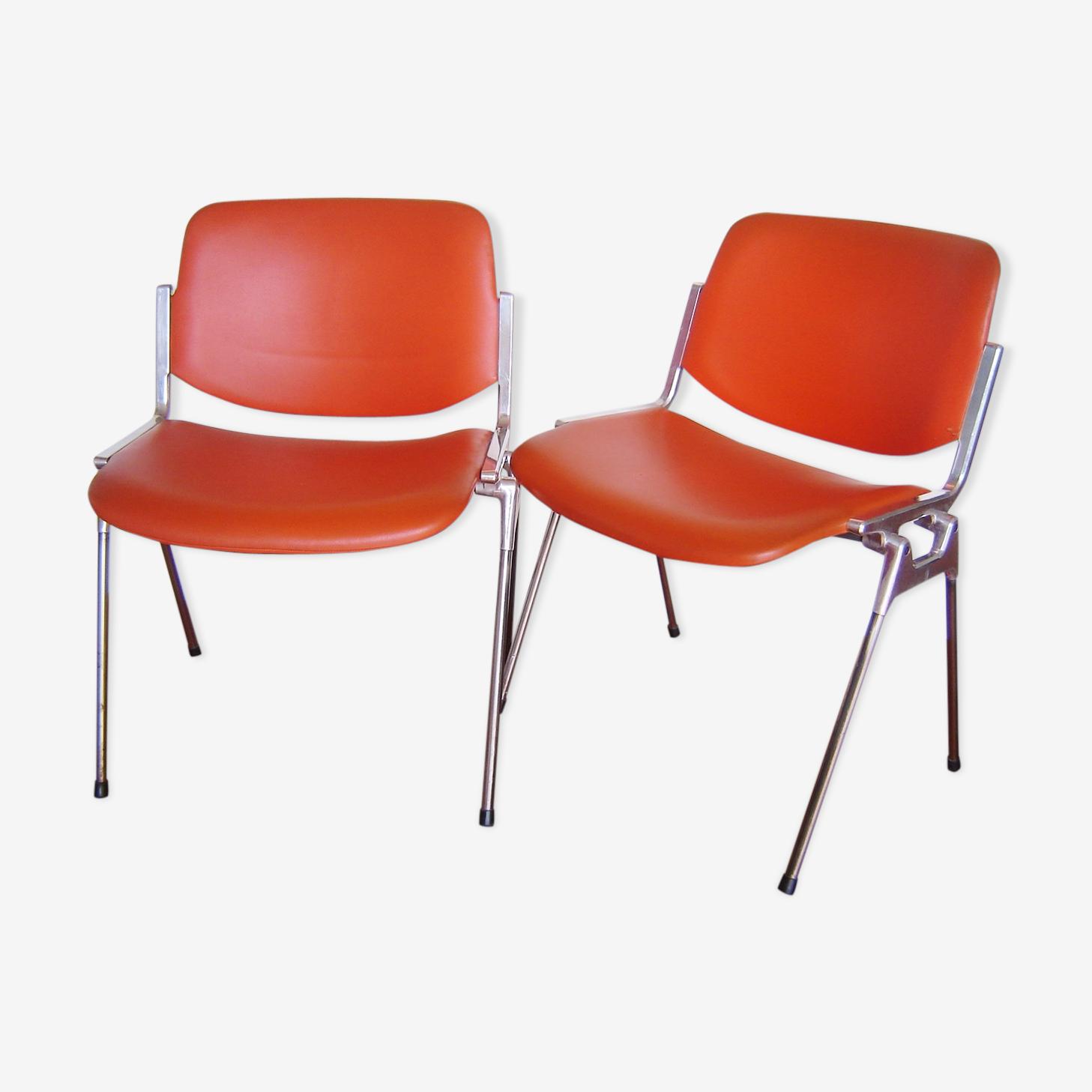 Paire de chaises DSC 106 design de Giancarlo Piretti