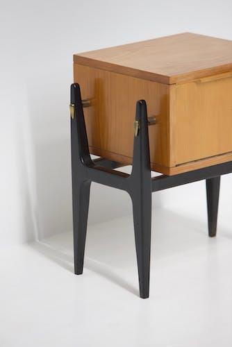 Table de chevet belge des années 1950